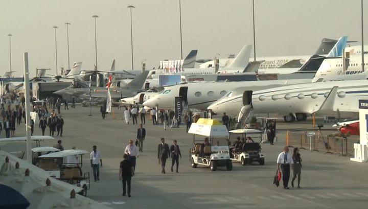 Первым делом самолеты: в ОАЭ начался ежегодный авиасалон
